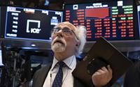 GDP sụt giảm chưa từng thấy, Phố Wall chao đảo, Dow Jones có lúc mất hơn 500 điểm