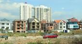 """Hàng trăm dự án bất động sản tại TP HCM """"chết chìm"""" vì thủ tục"""