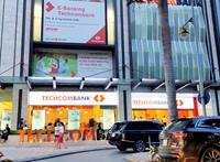 Người nhà Giám đốc Kế toán Techcombank đăng kí mua 1 triệu cổ phiếu TCB