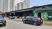 """Hà Nội """"Hô biến"""" bãi trông giữ ô tô thành nhà xưởng, cửa hàng"""