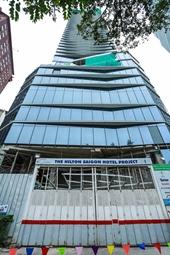Bất thường pháp lý KS Hilton Sài Gòn Ai chống lưng cho SG Cửu Long