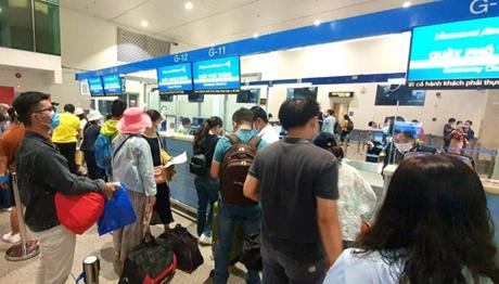Cục Hàng không yêu cầu các hãng bay hoàn trả phí cho hành khách