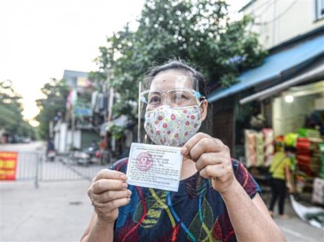 Bí thư Hà Nội yêu cầu phát phiếu đi chợ toàn thành phố