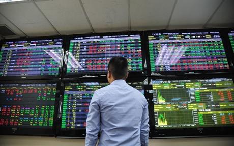Thị trường tuần đầu tháng 8 Đi lên về điểm số, cải thiện về thanh khoản