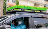 Những chuyến xe 'chở yêu thương' tiếp sức y bác sĩ tuyến đầu chống dịch Covid-19