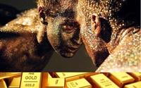 Các nhà phân tích chia rẽ quan điểm trong dự báo về giá vàng